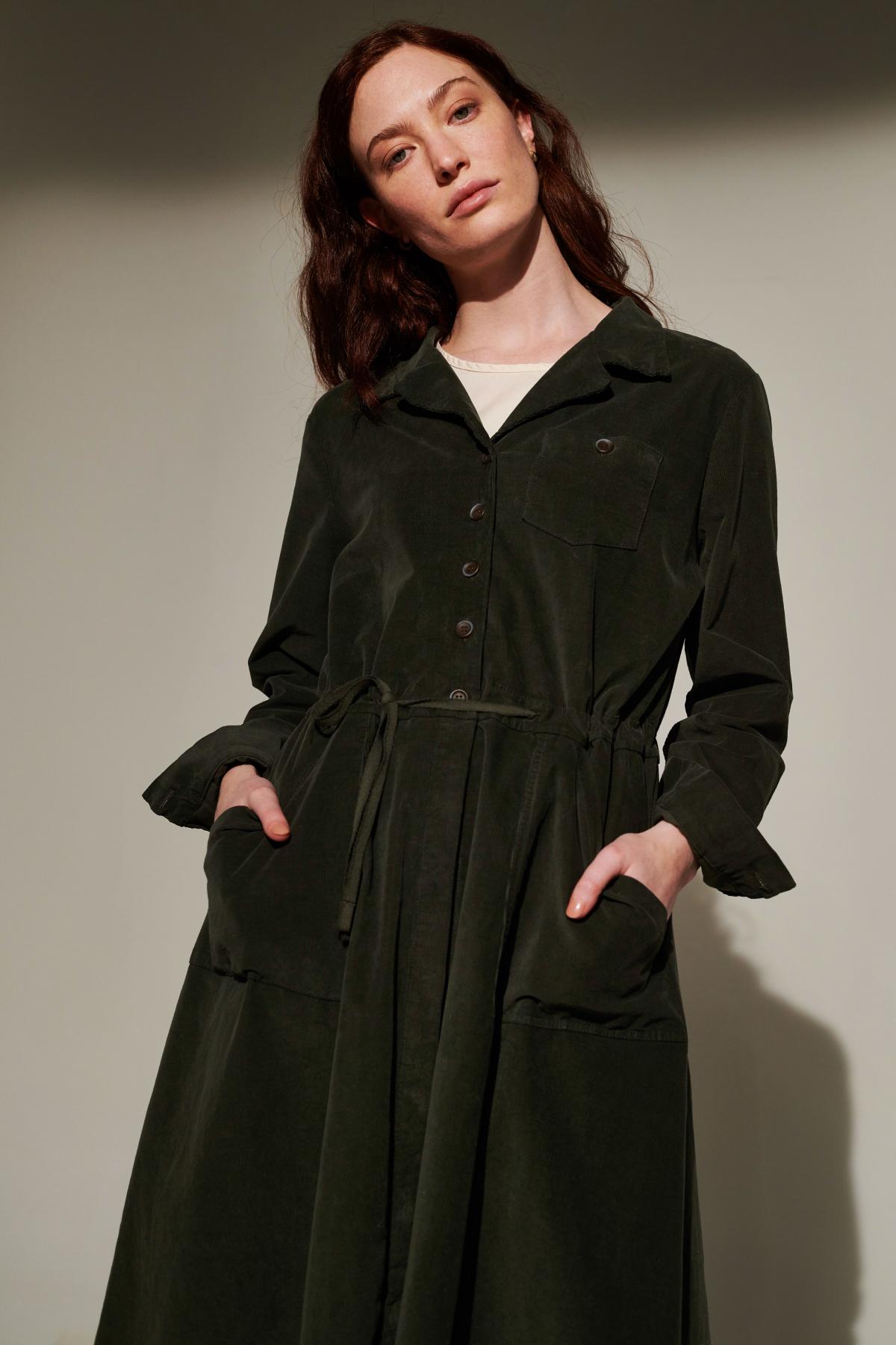 style BACIOINVY jacket  style TESOROISI tshirt